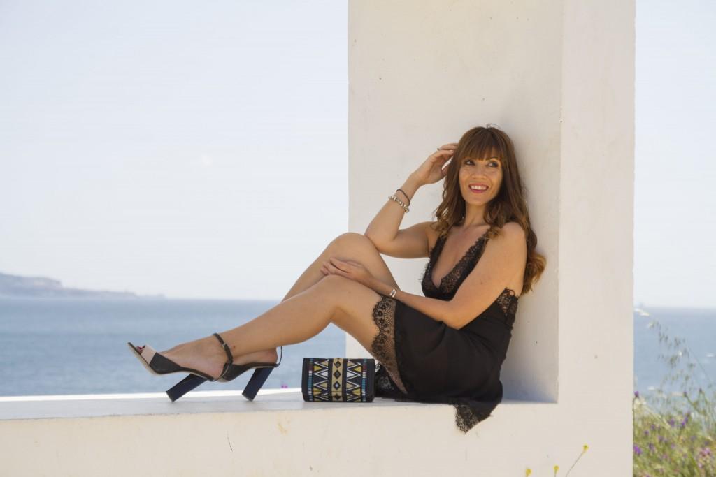 black dress, slip dress, personalshopper, jessica sanchez, loos con vestido negro,