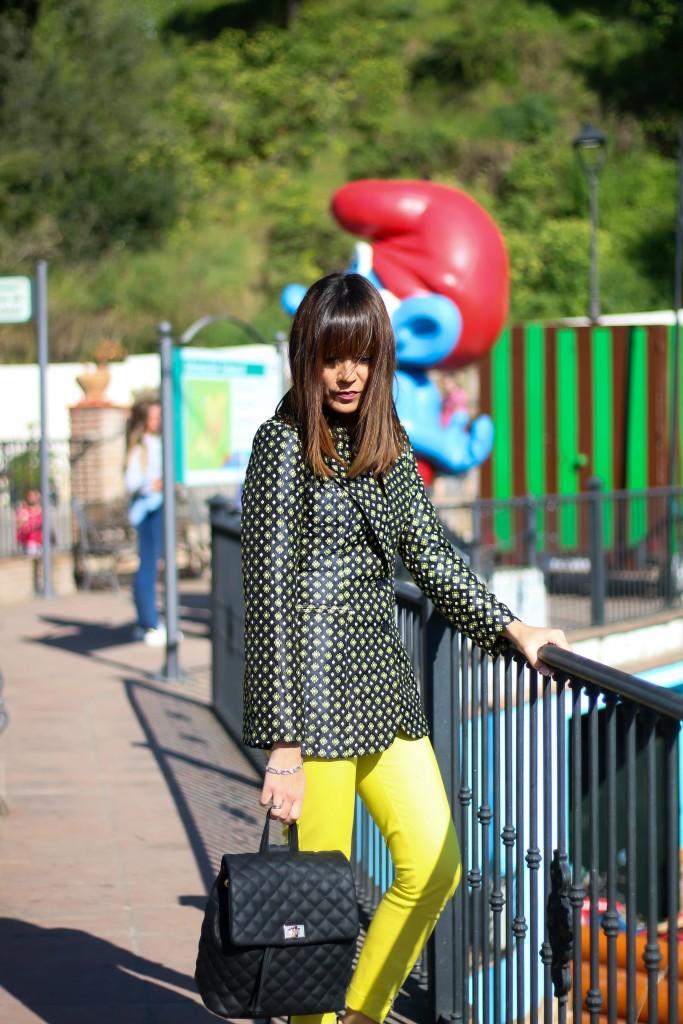 asesora de imagen, balzer, look con pantalón amarillo,
