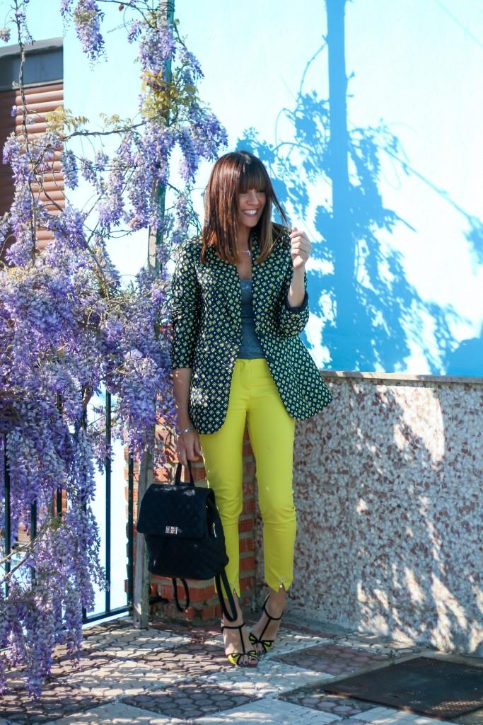 blazer, pantalon amarillo, blog de moda, tendencias, asesora de imagen,