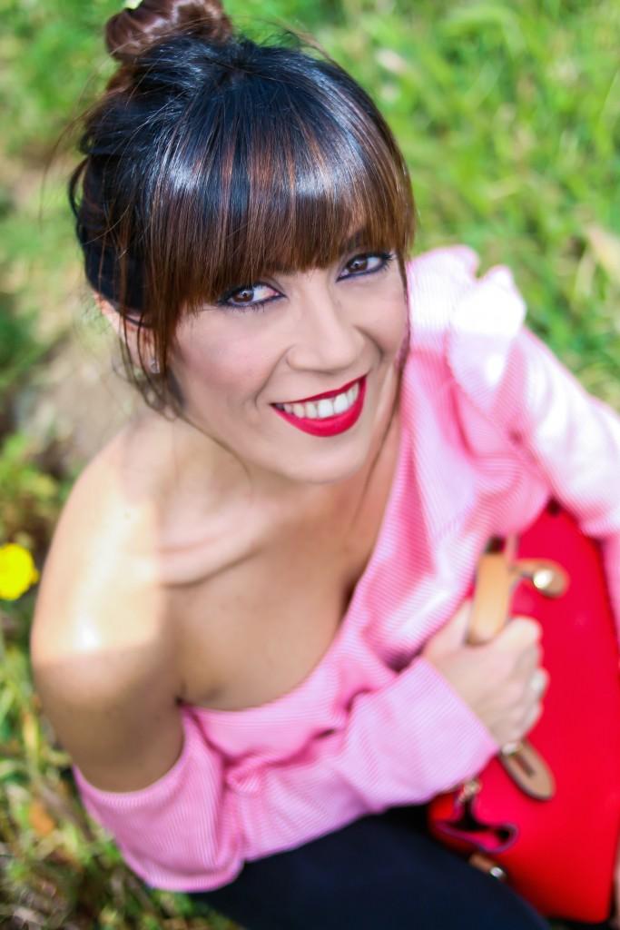 jessica sanchez, labios rojos, asesora de imagen, maquilladora,