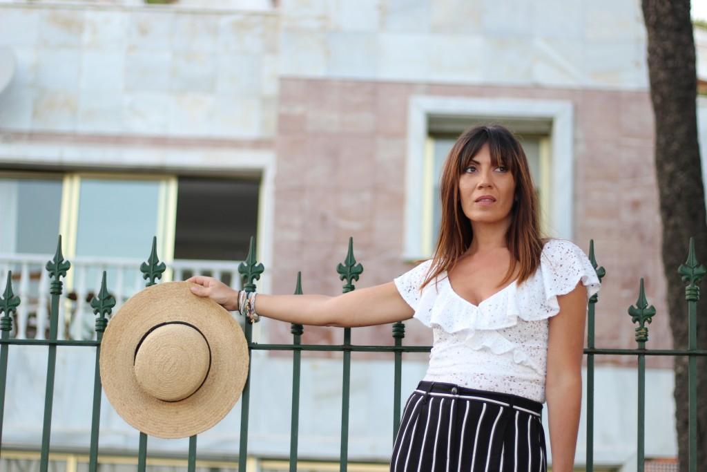 jessica sanchez, asesora de imagen, personal shopper, looks lenceros, rayas, hats,